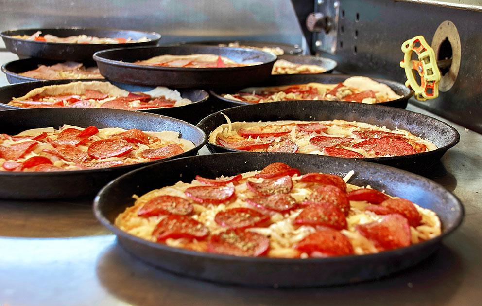 Pizza Würstl Maier